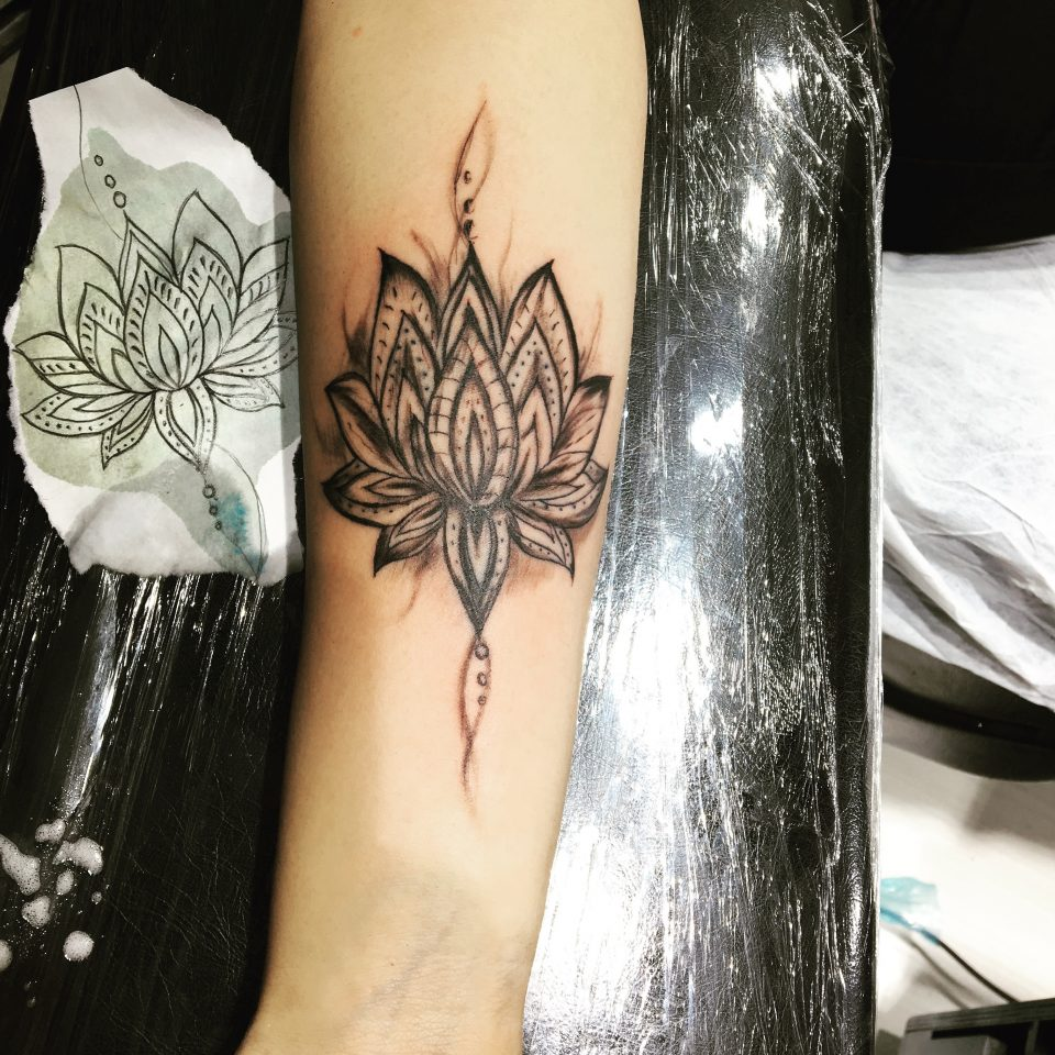 lotus tattoo desing