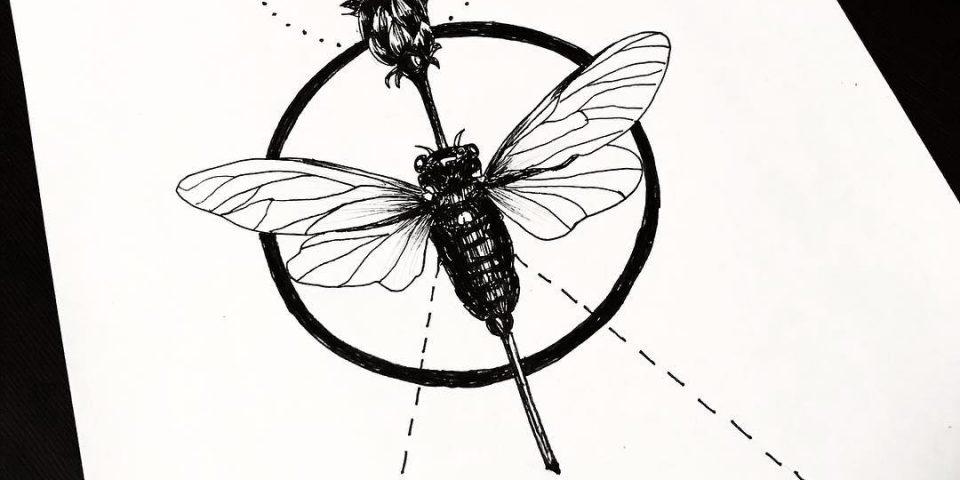 arı dövme modeli