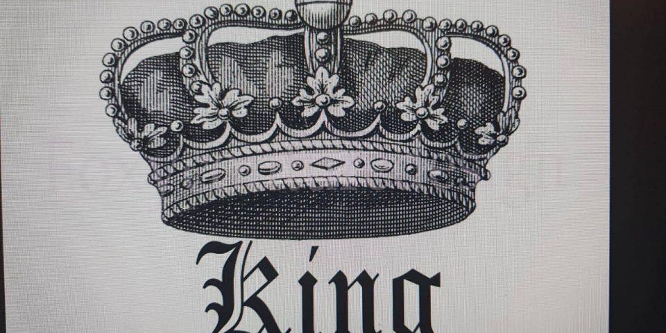kral tacı dövme modeli