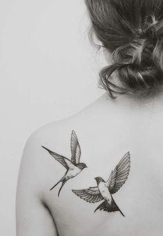 kırlangıç dövme modeli